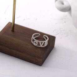 [925純銀]簡約百搭鑲鑽LOVE戒指指環