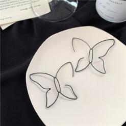 [鋼針]個性蝴蝶線條耳環