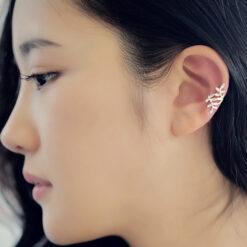 [耳骨夾]個性蔓延樹葉耳骨夾