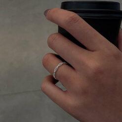[925純銀]簡約交叉鏤空戒指