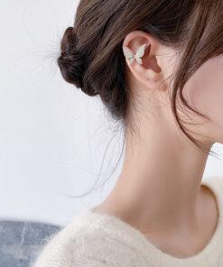 [耳骨夾]復古鋯石蝴蝶耳骨夾