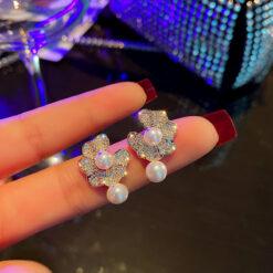 [925銀針]簡約珍珠花朵耳釘